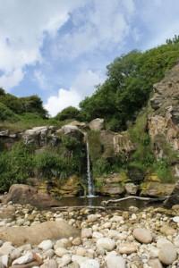 Hayburn-Wyke-waterfall-2009